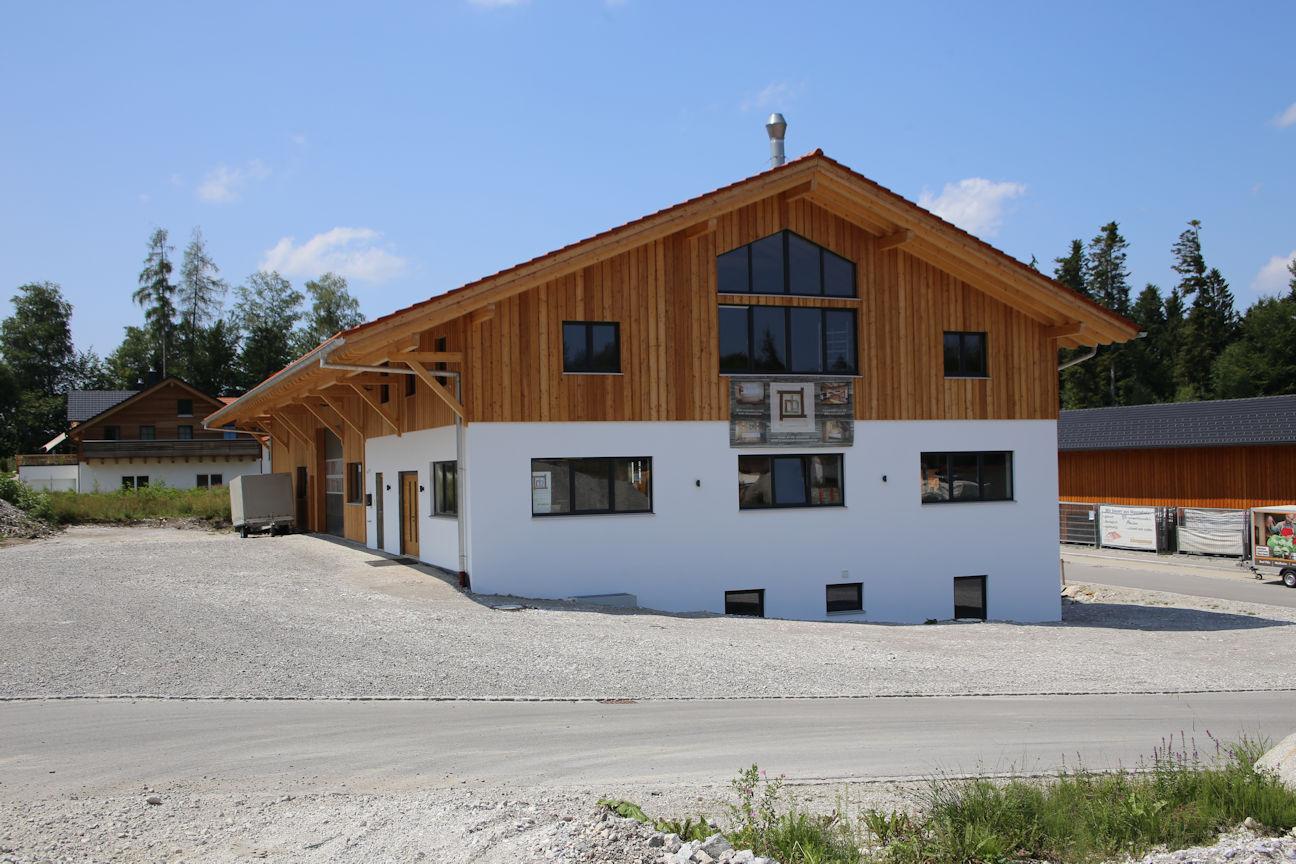 Firmengebäude Schreinerei Rohrmoser Bad Heilbrunn