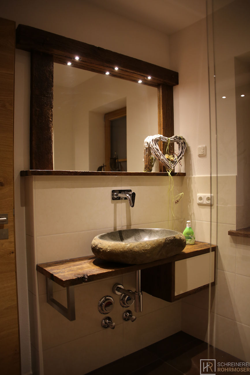 Waschtisch mit Waschschüssel aus Stein